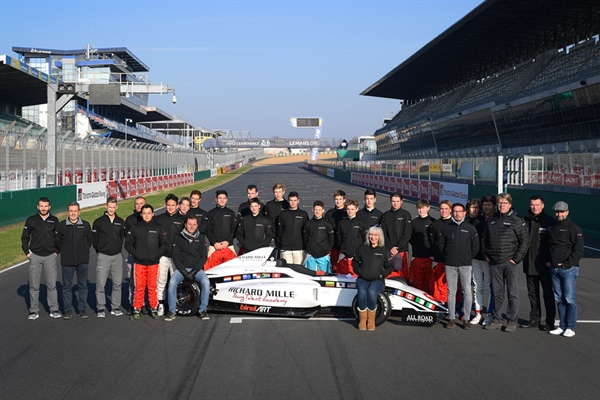 Enzo Valente wins the first Richard Mille Young Talent Academy