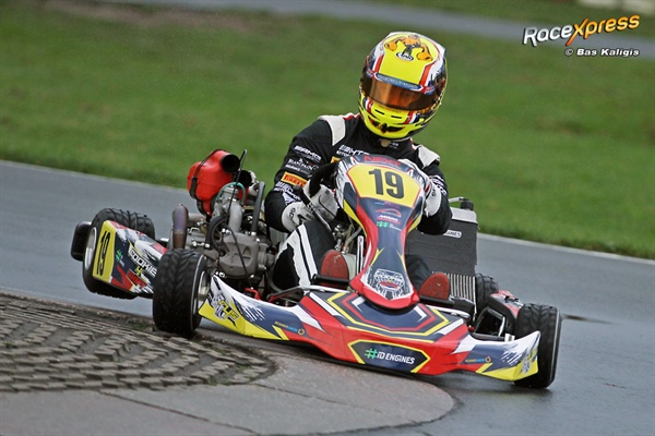 VIDEO Part2: The first four-stroke shifterkart-engine Rookie