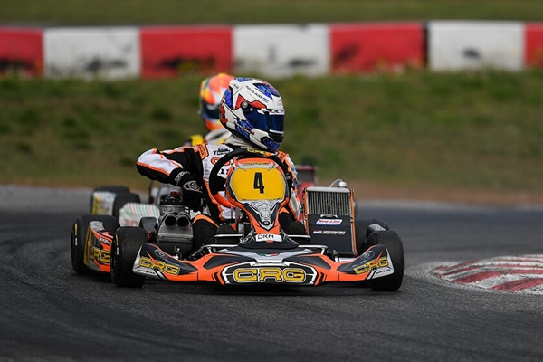 DKM starts into the season with thrilling races: Changing weather causes excitement in Lonato