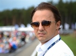 Felipe Massa shows how he keeps himself fit from home