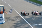 Italian F.4 Championship powered by Abarth! Monza race 1: what a show! Minì photofinish on Pizzi