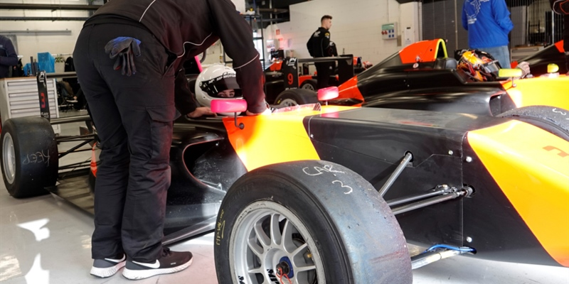 Noah Degenbol signs-up with MP Motorsport for Spanish F4