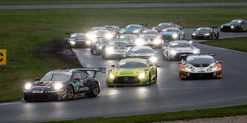 Hofer and Haase win rain-affected thriller at the Lausitzring ahead of Indy Dontje and Maxi Götz
